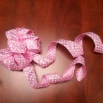 How to Make Your Own Crafty Bows on a Budget