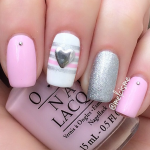 Valentine's Day nail look